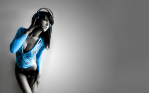 music girl electric blue looking for tasteful and artistic female 1920x1200 wallpaper_www.wallpaperto.com_60