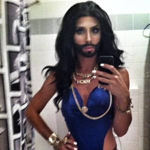 pizde cu iphone, conchita wurst