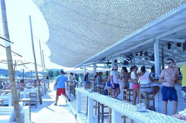 halkidiki_greece_beach_bar_lefki_ammos_paliouri_beach_7